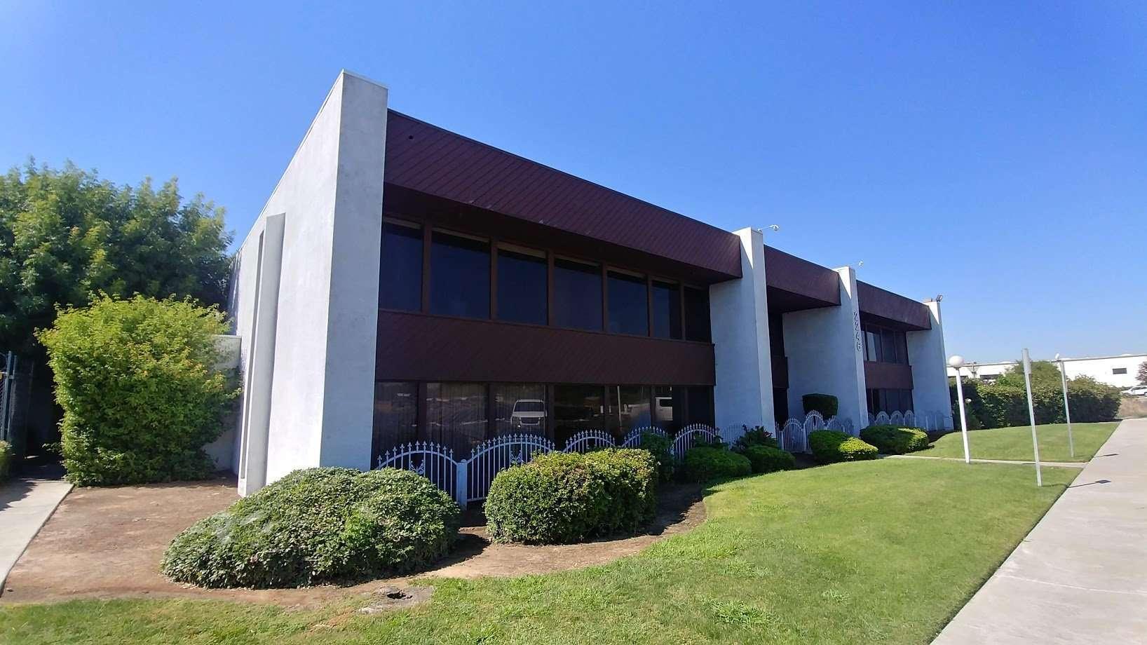 Office/Warehouse, Fresno