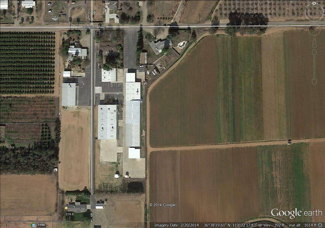 6.97 Acre Ag Manufacturing + 4 Homes, Reedley