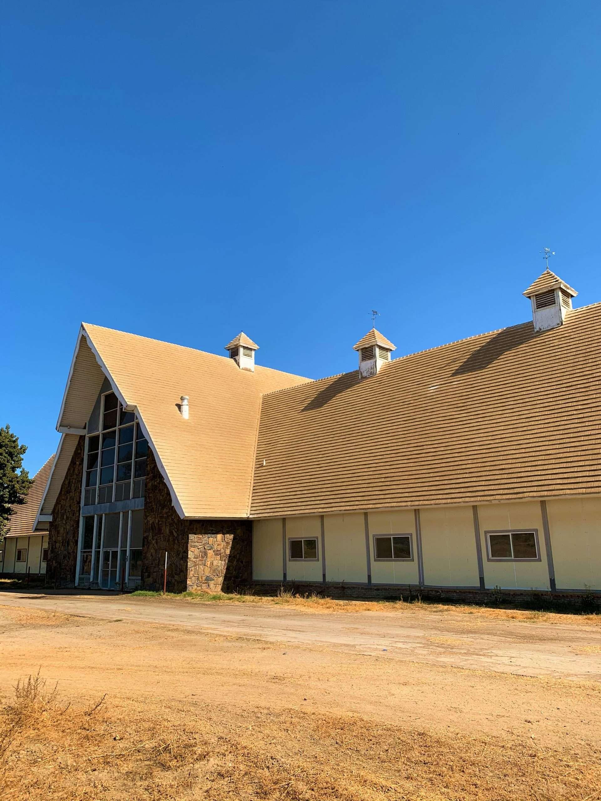 125 Acre Open Land & Dairy, Delano