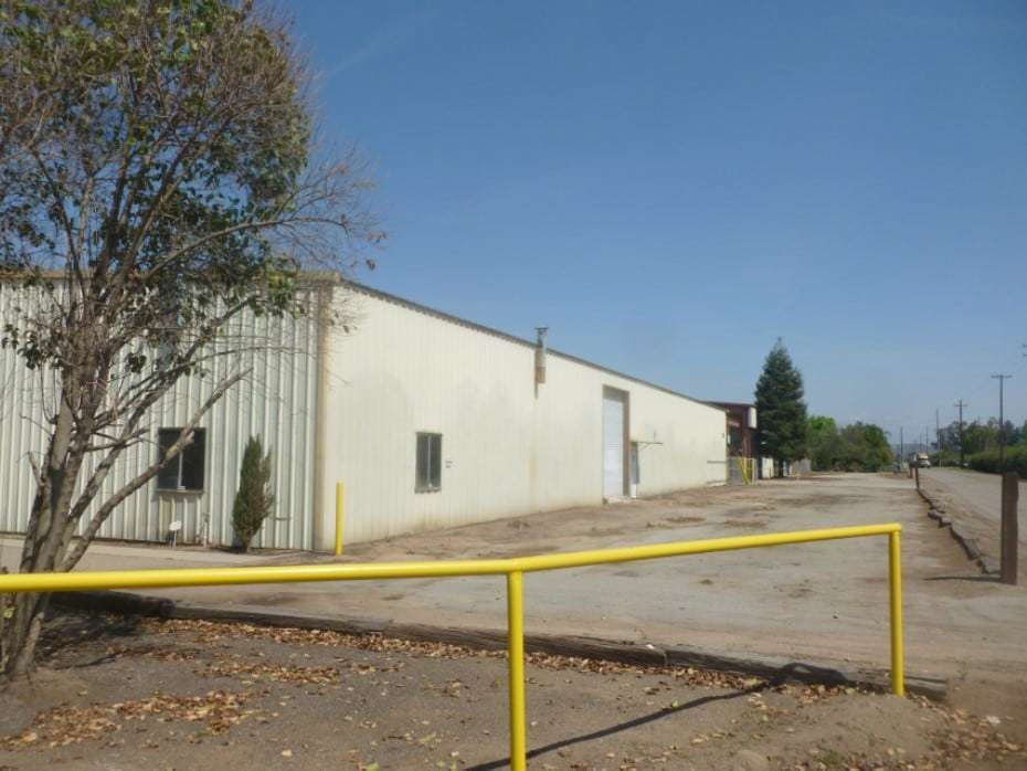 For Lease  –  9,000 Sq. Ft. Ag Industrical Building, Reedley