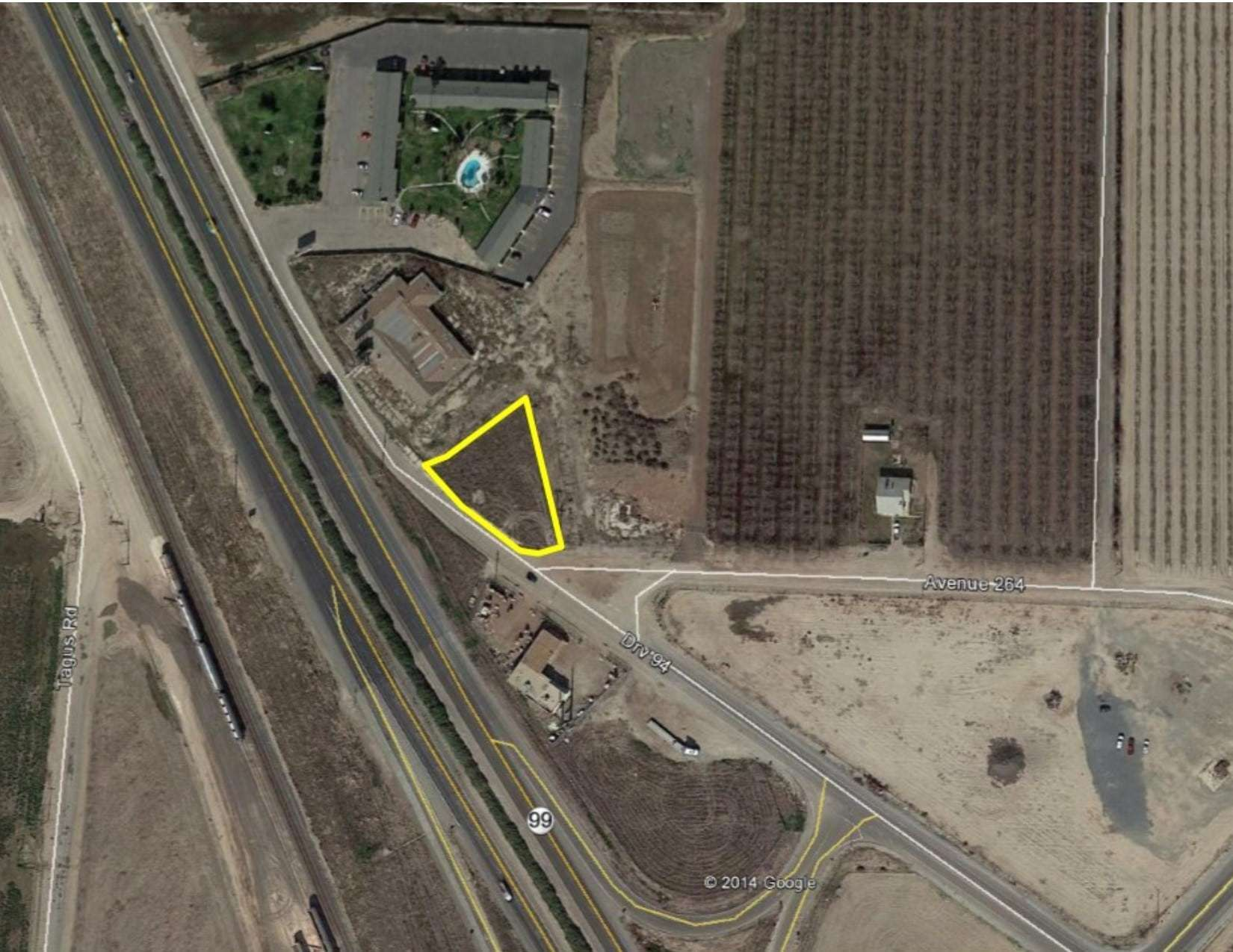Freeway  Frontage, Tulare
