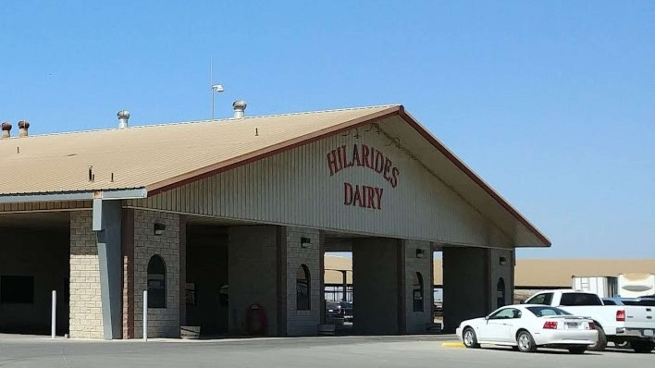 1,857 Ac. Hilarides Dairy & Land, Lindsay
