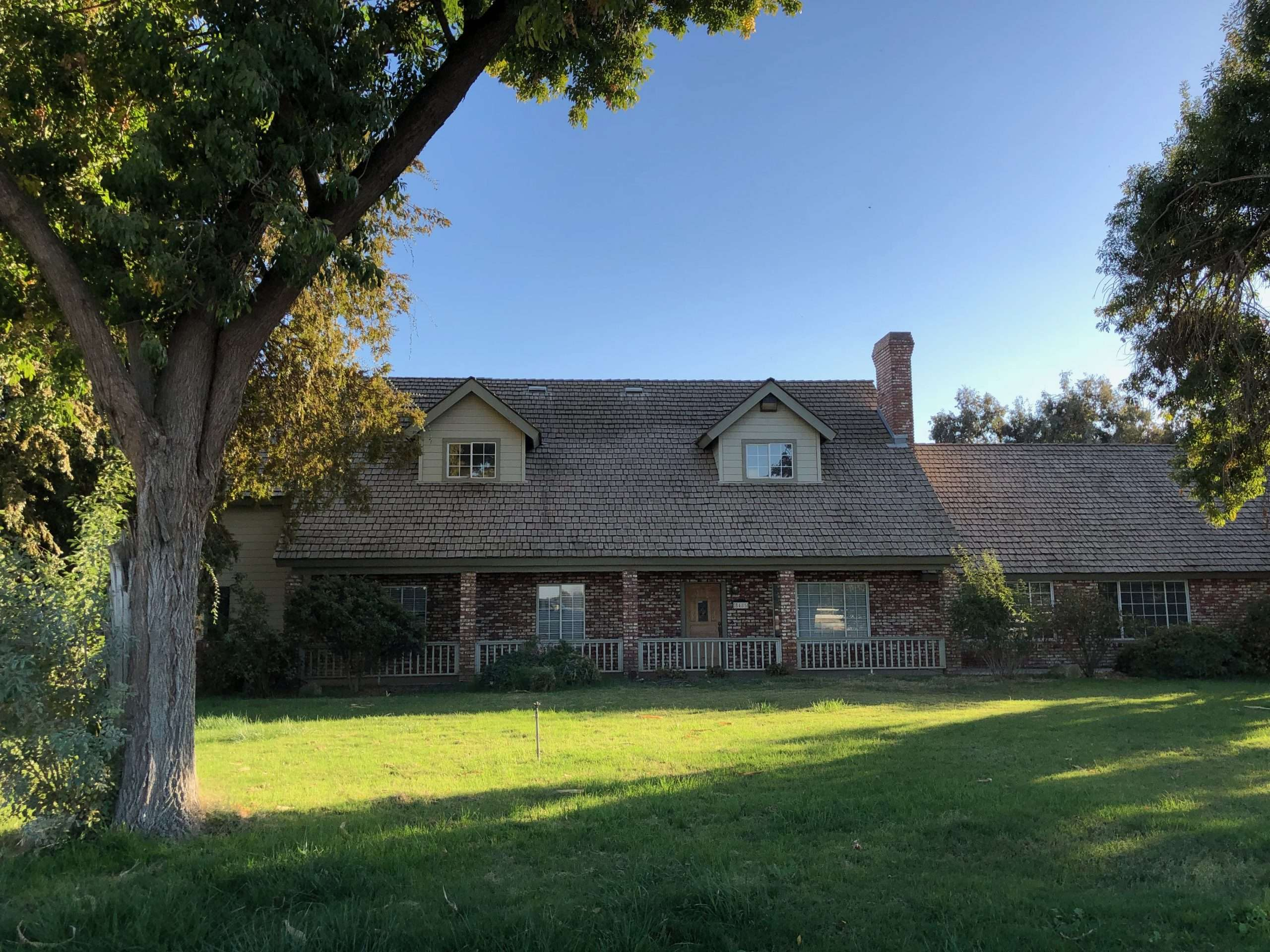 10 Acres Home and Shop, Hanford