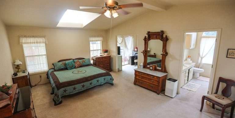 Porterville-165-acres-citrus and home-19