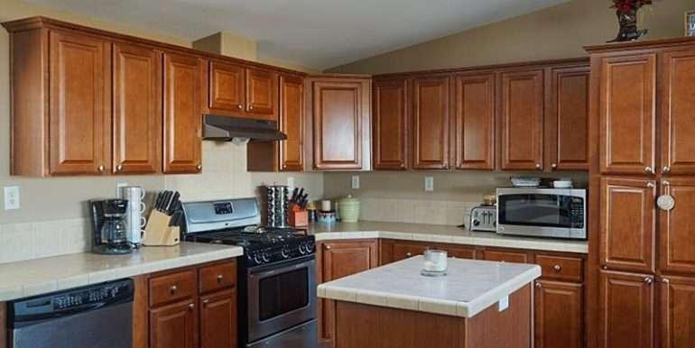 11-Kitchen-2